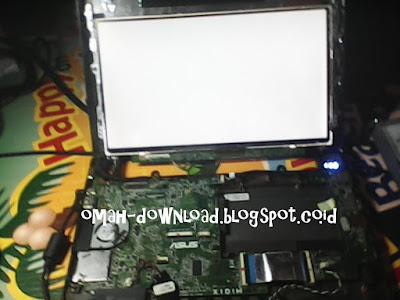 Cara servis laptop layar blank putih
