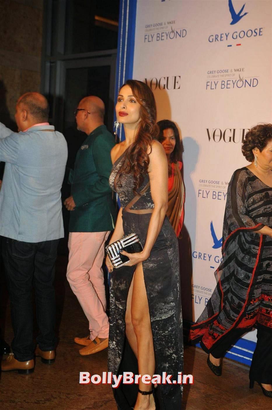 Malaika Arora Khan Stills, Malaika Arora Khan in Leg Showing Dress at Awards Function
