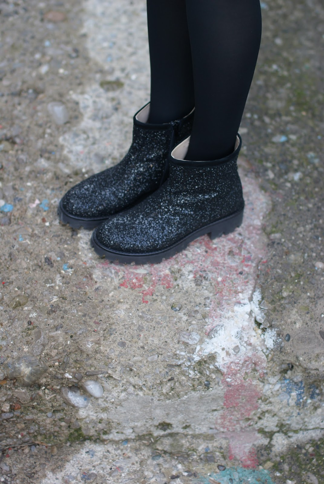 Glitter boots on Fashion and Cookies fashion blog, fashion blogger style