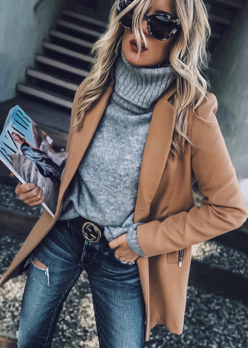 incredible fall outfit / grey high neck sweater + brown blazer + jeans