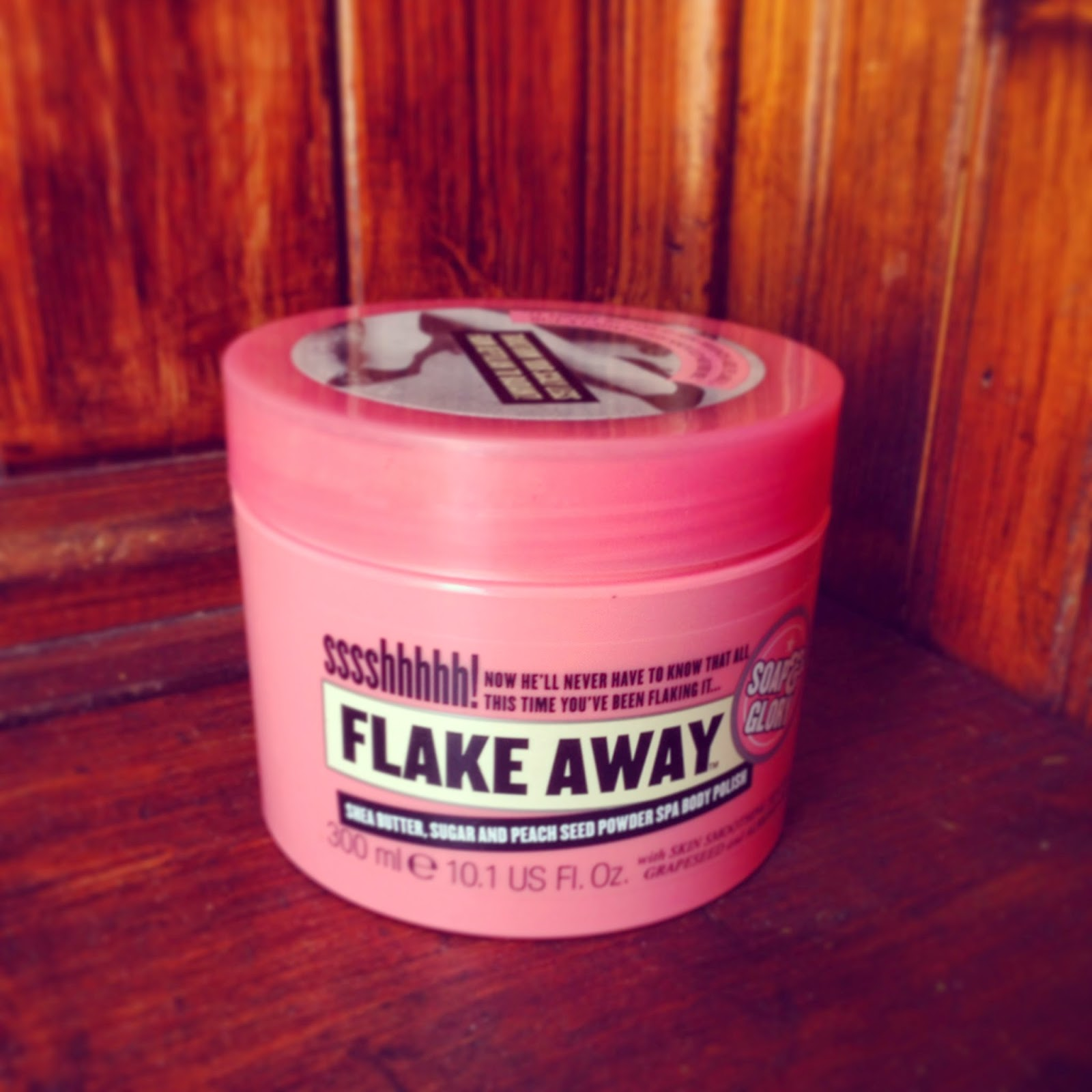 Soap & Glory Flake Away Body Scrub
