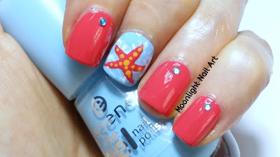 Beach Nails with Starfish - Easy Nail Art