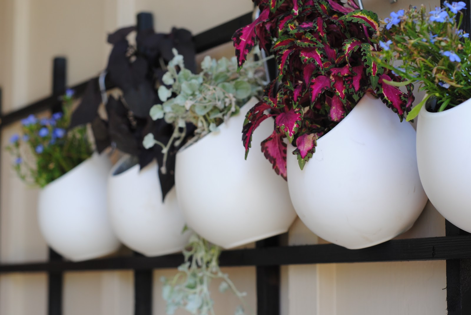 Hangplant Ikea Refresh Your Nest Link Up Garden And Outdoor Living Ideas