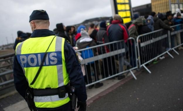 Σουηδία: Επεκτείνονται οι έλεγχοι στα σύνορα - Ανησυχία για νέα απειλή
