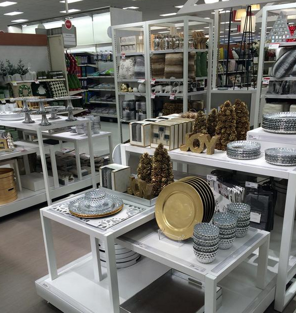 "House Decoration Stores: Target Addict: Target Testing ""vignette"" Home Decor Model"