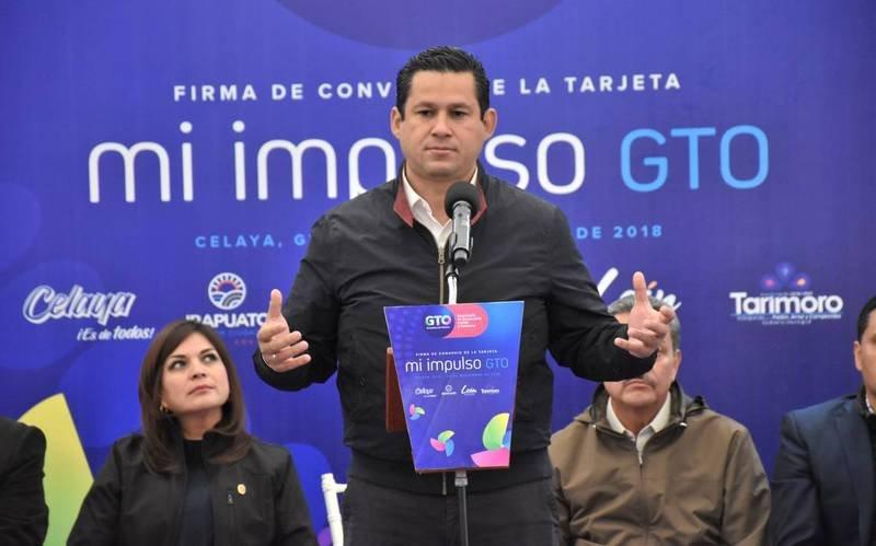 Gobernador del PAN en Guanajuato desobedece a AMLO y se sube el sueldo