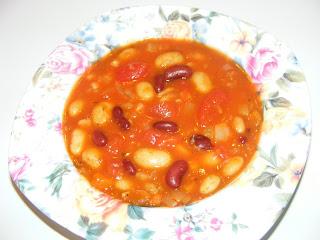 Supa scazuta de fasole si rosii retete culinare,