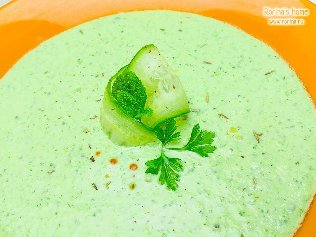 Холодный суп из свежих огурцов: рецепт