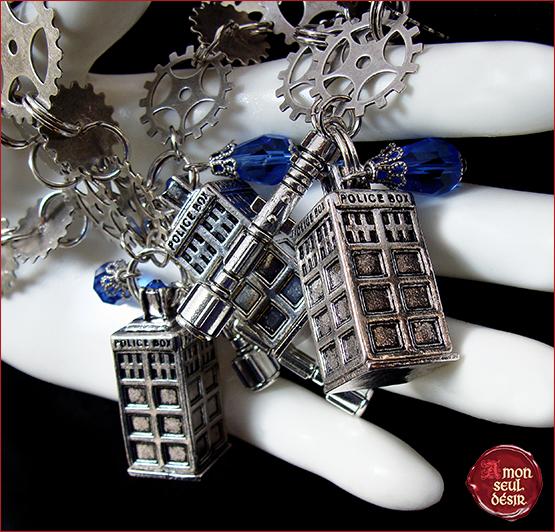 collier tardis cabine de police Docteur Who tournevis sonique geek bijoux