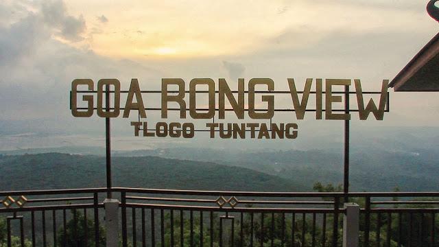 Pemandangan Goa Rong Jawa Tengah