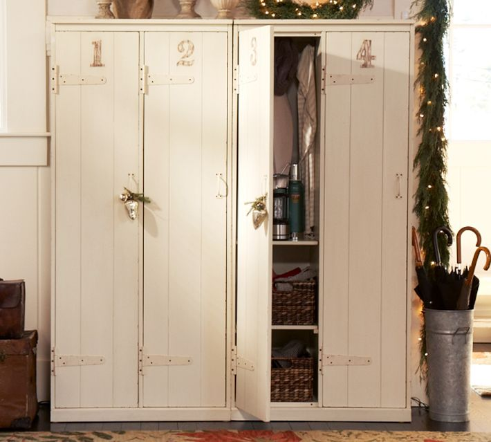 A Perfectly Organized Mudroom Just A Girl And Her Blog: Farmgirl Paints: No Mud Room...no Problem
