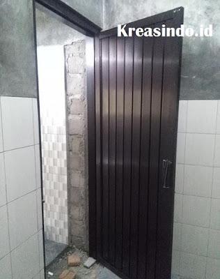 Harga Pintu Aluminium Warna Hitam buat kamar mandi