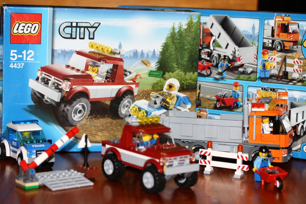My Little Drummer Boys Lego City Team Up To Catch The Crooks