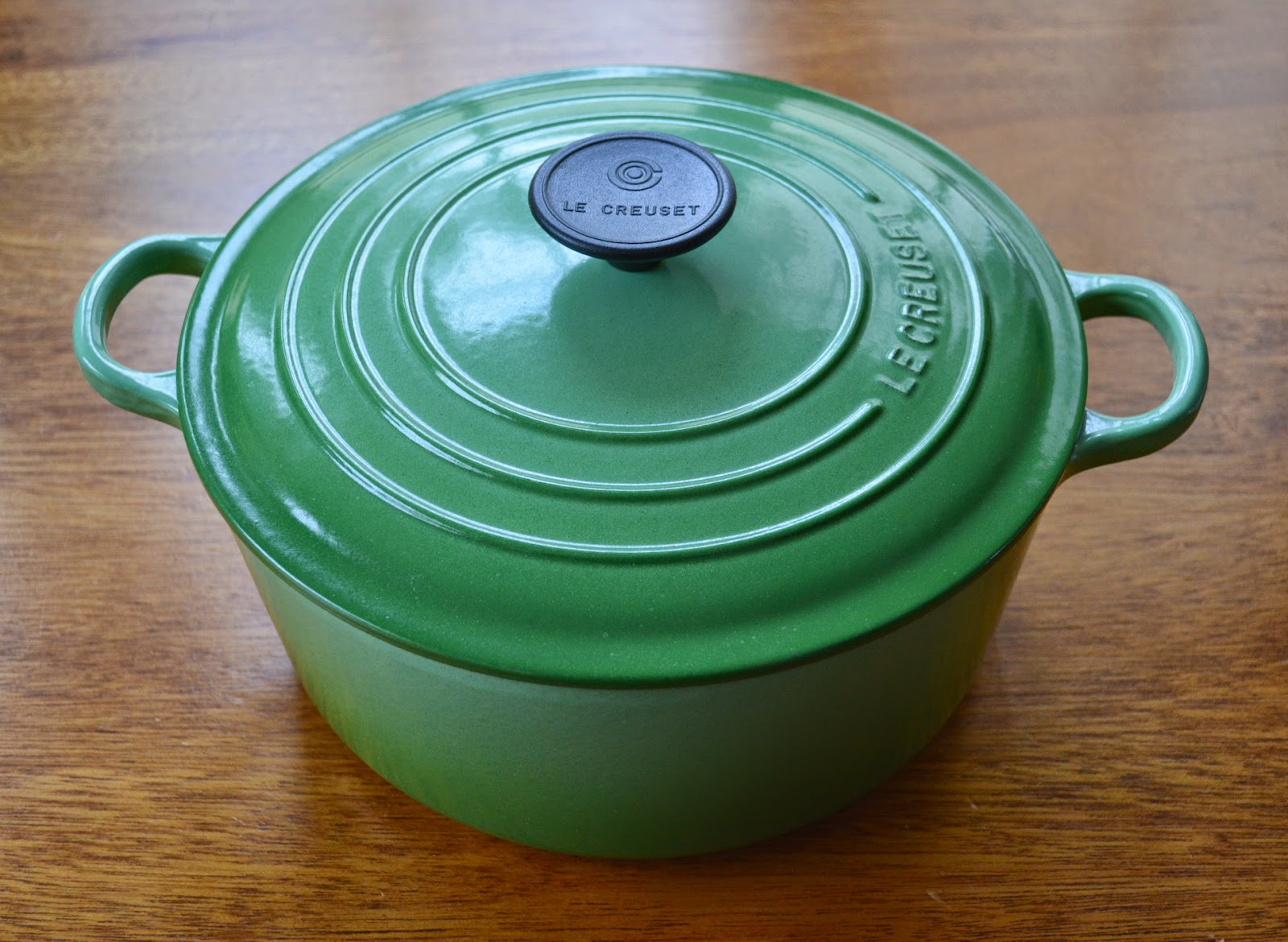 Cleaning vintage le creuset can