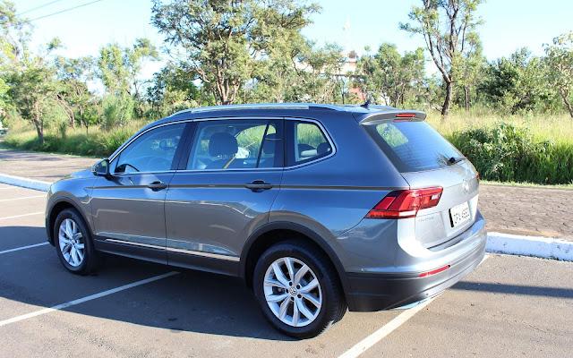 VW Tiguan AllSpace: recall por defeito no airbag e pivô