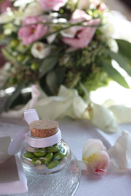 Gastgeschenke M&M´s Romantische Herbsthochzeit in den Bergen von Garmisch-Partenkirchen, Vintage-Style, heiraten im Hochzeitshotel Riessersee Hotel; wedding destination abroad Bavaria, Fall mountain wedding