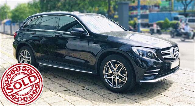 Mercedes GLC 300 4MATIC 2018 màu Đen nội thất Nâu Espresso đã qua sử dụng