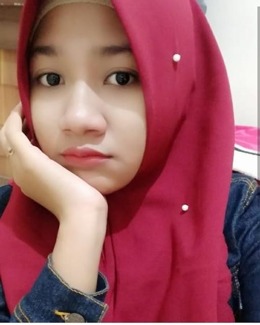 Hijab Anak Kuliah Simple