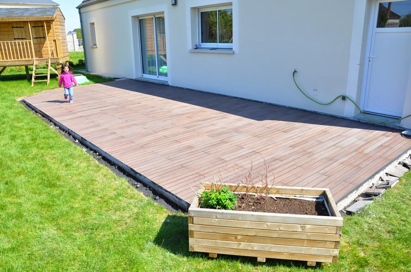 carreler une terrasse comment commencer pour carreler une terrasse carreler une terrasse elle. Black Bedroom Furniture Sets. Home Design Ideas