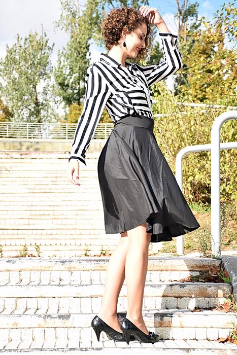 Outfit_falda_cintura_alta_negra_5