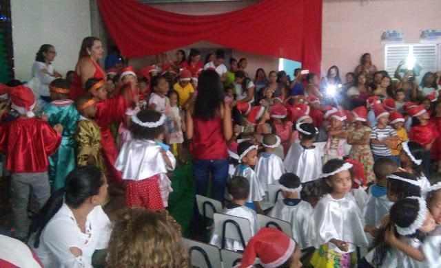 Barreiras: Natal é celebrado com Cantata na Escola Municipal São José