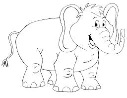 gajah tersenyum siap untuk digambar