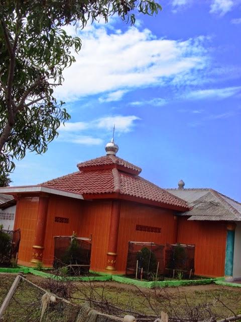 Masjid Al-Alam Muara Blacan Bekasi