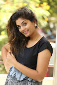Karuna photos in jeans-thumbnail-6