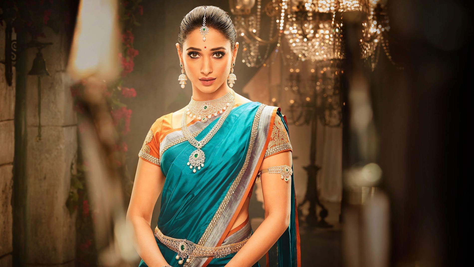 Tamanna in saree hd wallpaper