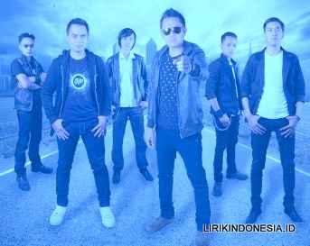 Lirik Jangan menangis Untukku dari Luvia Band