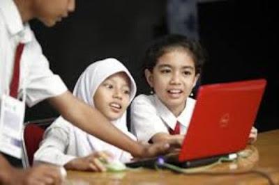Jadikan Teknologi Penunjang Keberhasilan Pendidikan