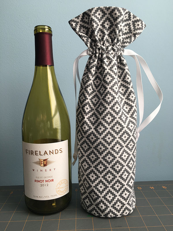 Drawstring Wine Bottle Gift Bag Tutorial