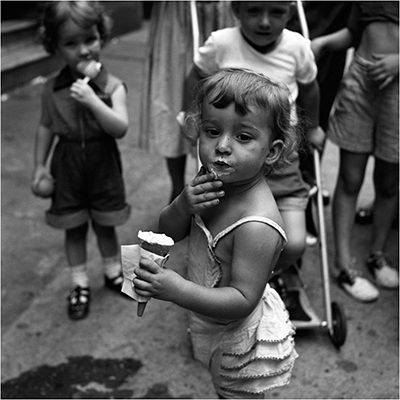 http://berigor.tumblr.com/post/154335655582/oldnewyorklandia-vivian-maier-1954-new-york