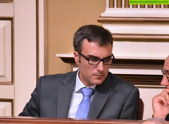 Zacarías Gómez denuncia la mala gestión de recursos sanitarios en La Palma
