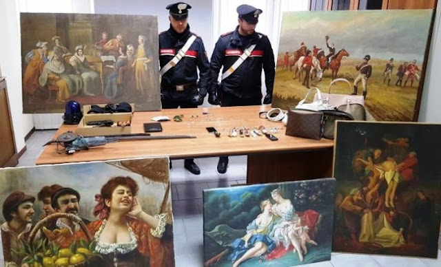 Two Albanians arrested in Italy for stealing precious artworks