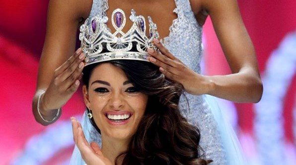Dengar Jaran Goyang, Miss Universe Pun Langsung Bergoyang