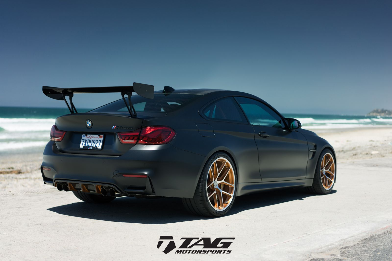 bmw m4 gts looks ready to attack in matte black carscoops. Black Bedroom Furniture Sets. Home Design Ideas