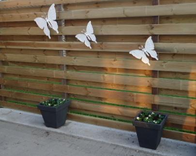 De rommelpot decoratie buiten for Decoratie vlinders voor in de tuin