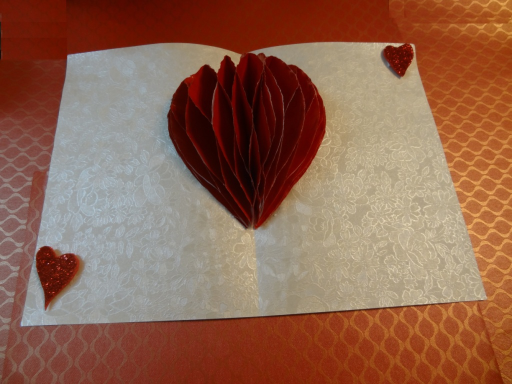 Paper Crafts Valentine Heart Pop Up Card