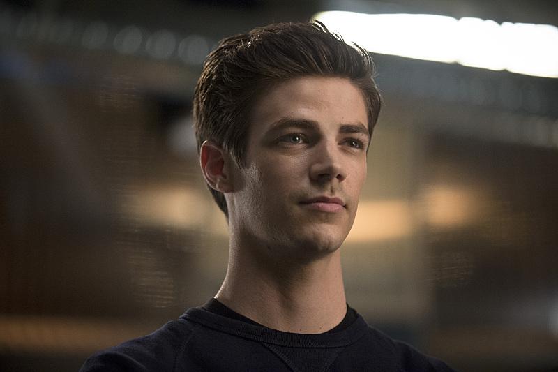 The Flash - Season 3 - EP Teases Villains, Flashpoint & More