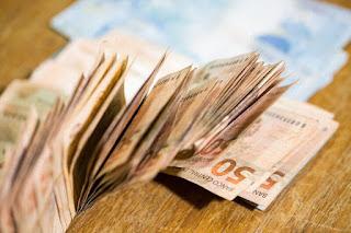 Ricardo anuncia pagamento dos servidores estaduais a partir de quinta-feira