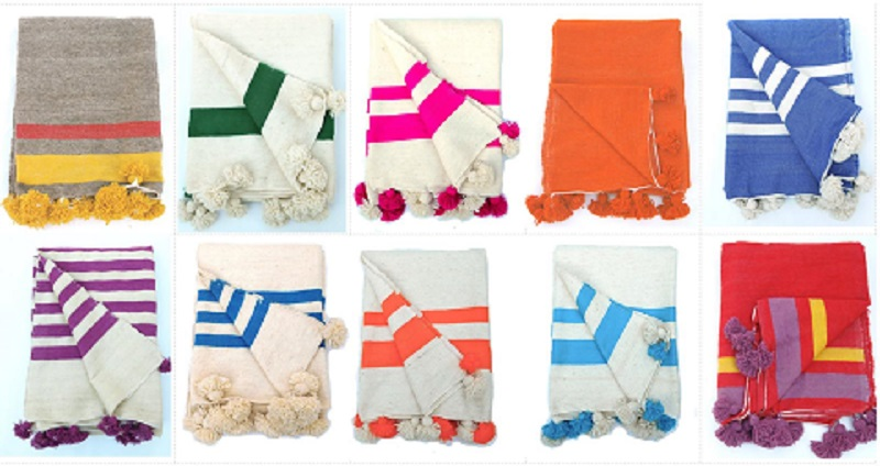 Wonderful Moroccan Sunset: HAND-LOOMED MOROCCAN POM POM BLANKETS OE47