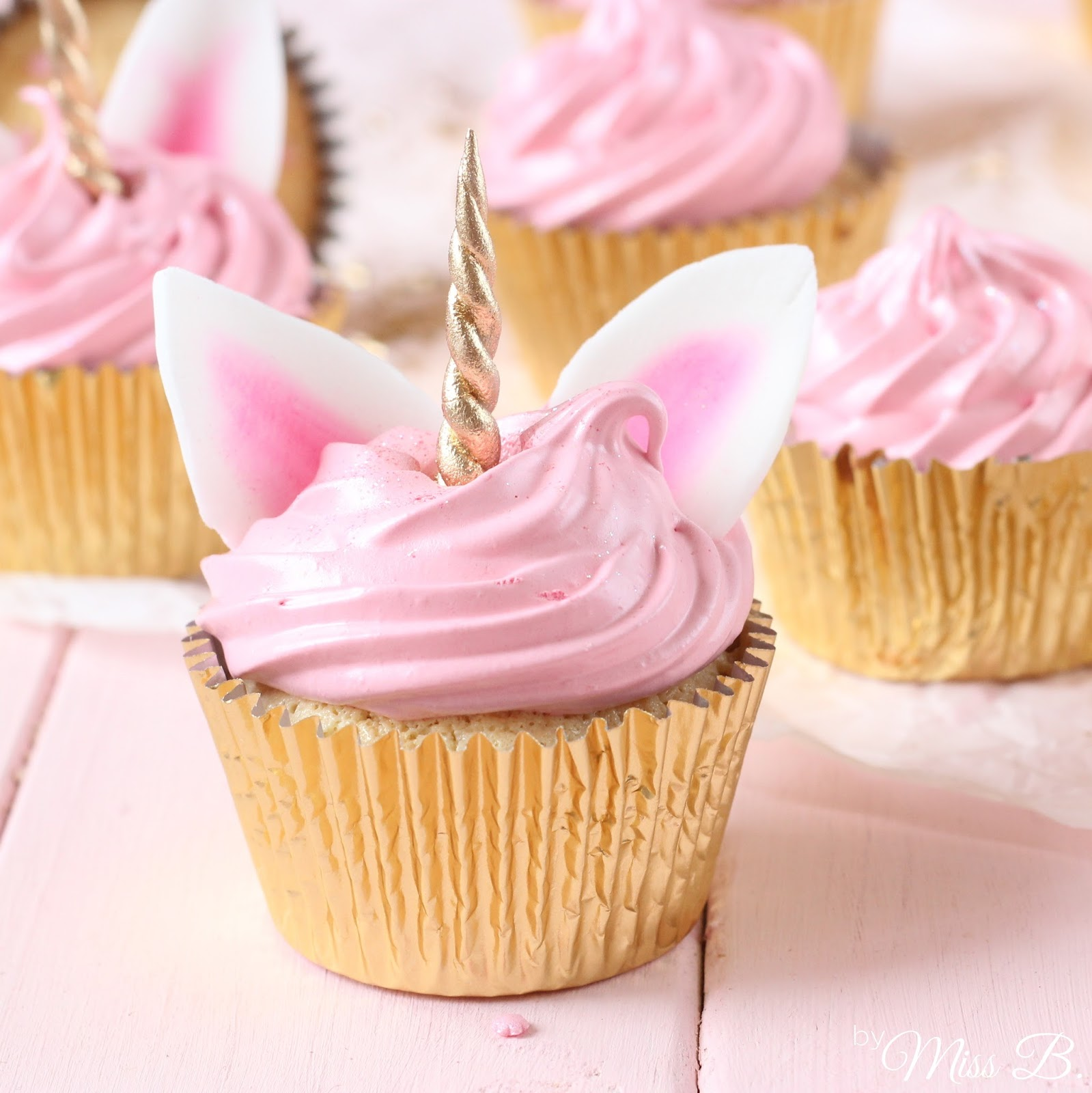 miss blueberrymuffin 39 s kitchen so s einhorn cupcakes mit marshmallow creme. Black Bedroom Furniture Sets. Home Design Ideas