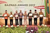 Gubernur Dan Bupati Loteng Raih Baznas Award