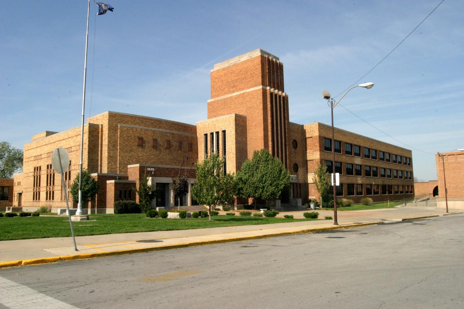 Kansas City Kansan: Sumner Academy receives more honors in ...