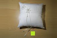 Erfahrungsbericht: Hochzeit Ringkissen Kissen mit Faux Perle Blume Satin Elfenbein 20cm*20cm ---Ivory
