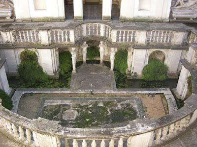 Ανώνυμοι δωρητές συντηρούν ένα εκπληκτικό Νυμφαίο στη Ρώμη