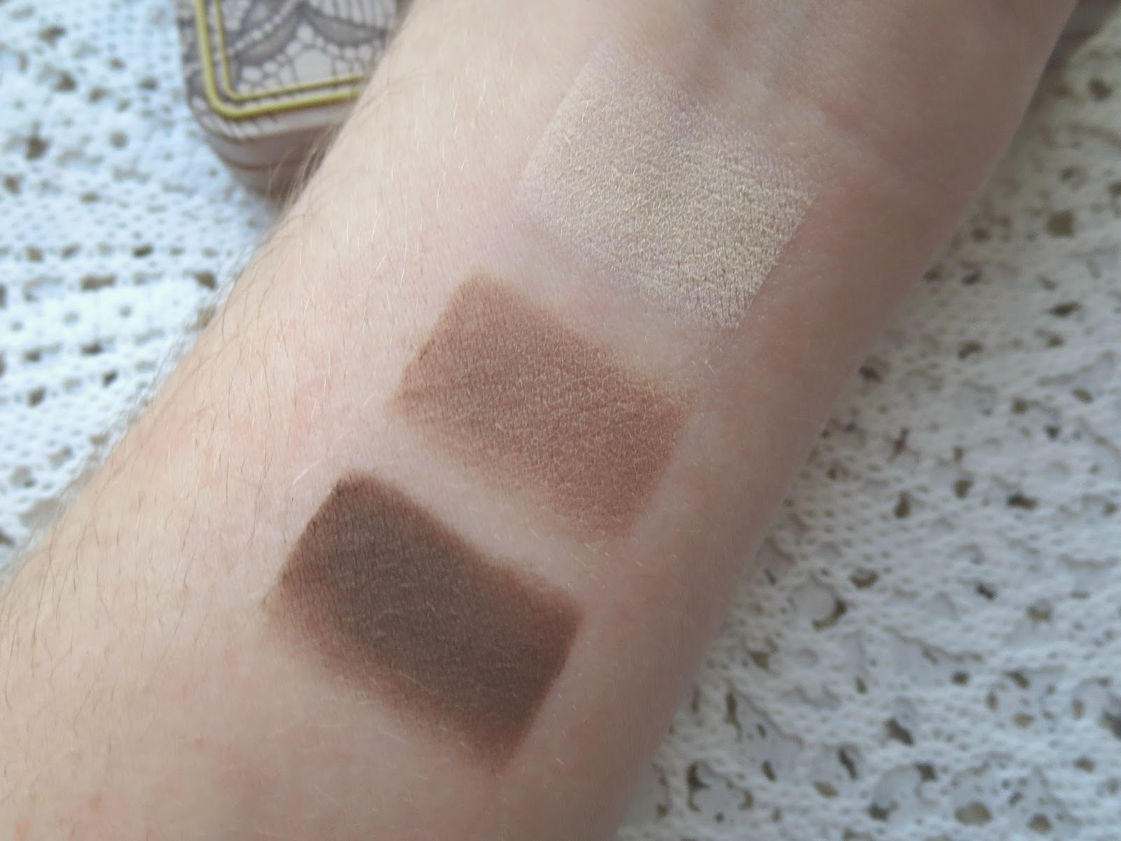 Natural Matte Eyes Eye Shadow Palette by Too Faced #10