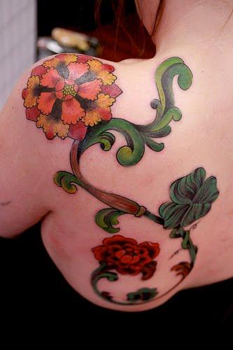 Tattoos Gallery: Hawaiian Flower Tattoo Designs - Look ...