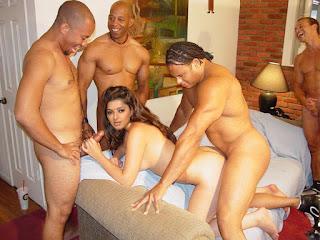 Bhoomika Chawla Nude Photos, Sexy, Bikini,Naked XXX